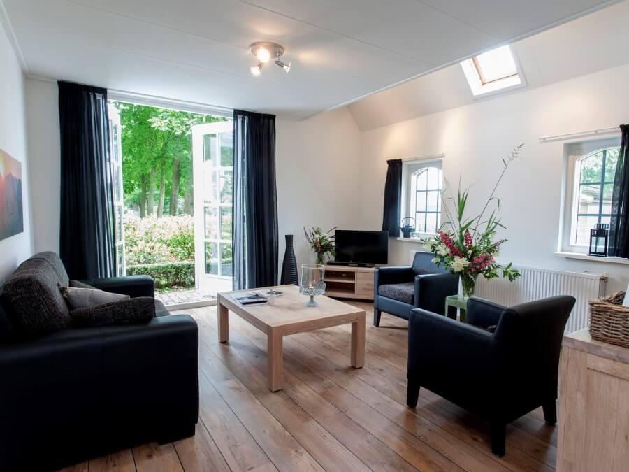 Geniet van uw luxe ingerichte woonkamer