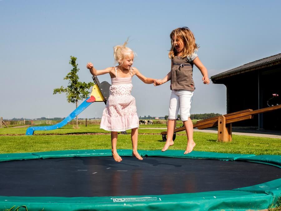 Trampoline springen, vinden ze prachtig