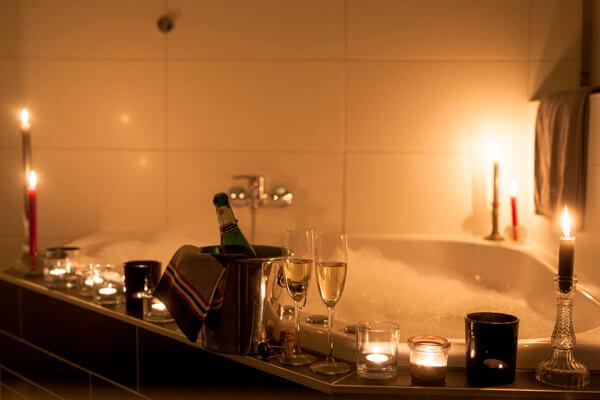 Romantische avond met champagne en bubbels